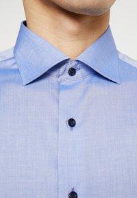 Eterna - SLIM FIT - Formální košile - mid blue - 6