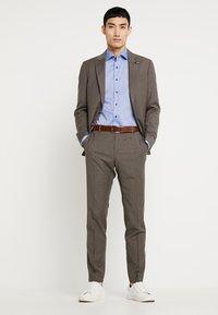 Eterna - SLIM FIT - Formální košile - mid blue - 1