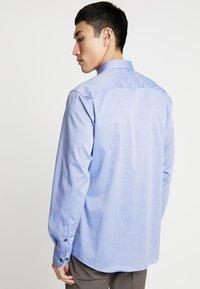 Eterna - SLIM FIT - Formální košile - mid blue - 2