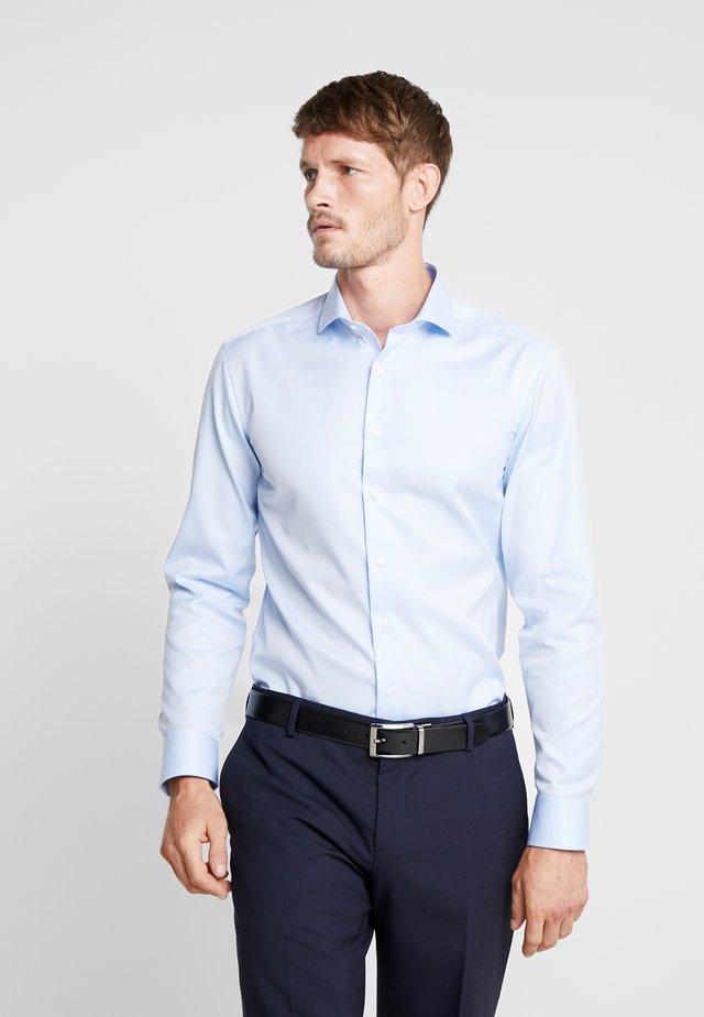 SLIM FIT  - Businesshemd - light blue