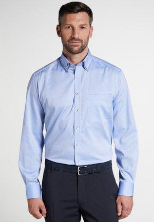 COMFORT FIT - Overhemd - medium blue