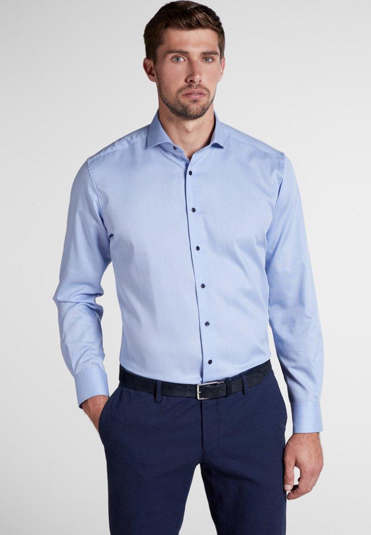 Eterna - FITTED WAIST - Shirt - light blue