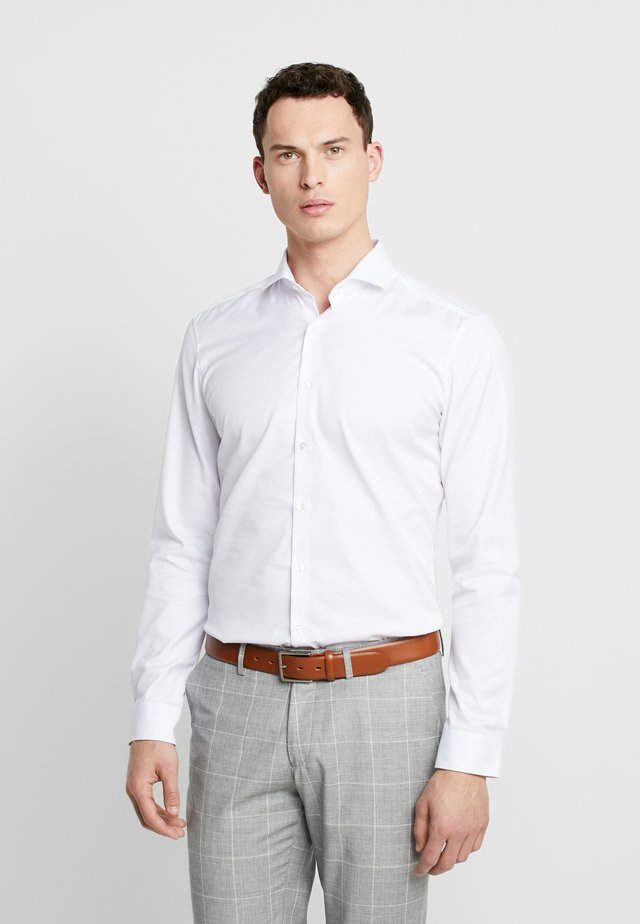 SUPER SLIM COVER SHIRT - Finskjorte - weiß