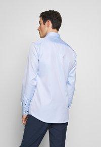Eterna - HAI-KRAGEN SLIM FIT - Zakelijk overhemd - blue - 2