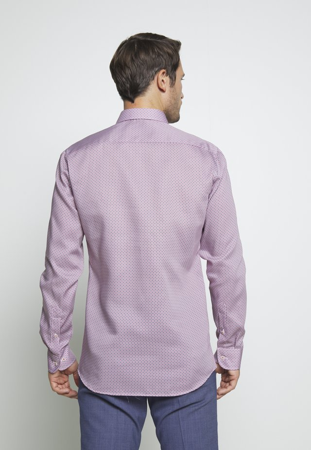 SLIM FIT - Businesshemd - red