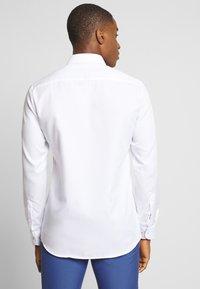 Eterna - SLIM FIT - Shirt - white - 2