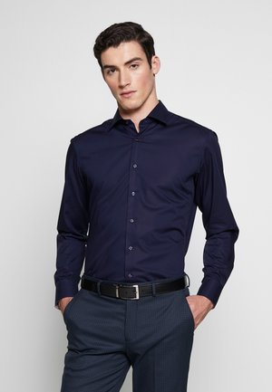 SLIM FIT KENTKRAGEN - Finskjorte - navy
