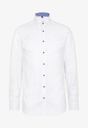 HAI-KRAGEN SLIM FIT - Formální košile - white