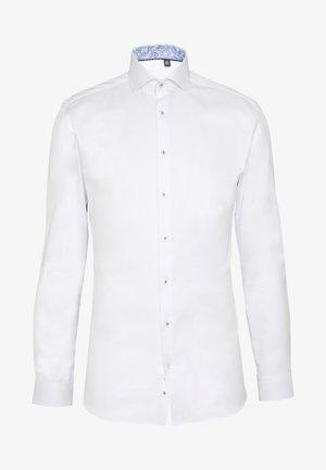 SUPER SLIM FIT HAI-KRAGEN - Koszula biznesowa - white