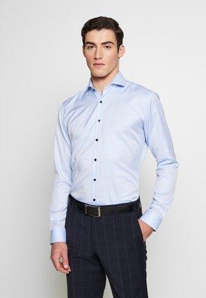 SUPER SLIM FIT HAI-KRAGEN - Formální košile - blue