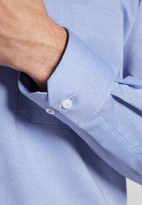 Eterna - COMFORT FIT - Overhemd - light blue - 2
