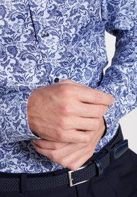 Eterna - SUPER-SLIM FIT - Overhemd - light blue - 2