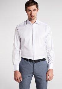 Eterna - MODERN FIT - Zakelijk overhemd - white - 0