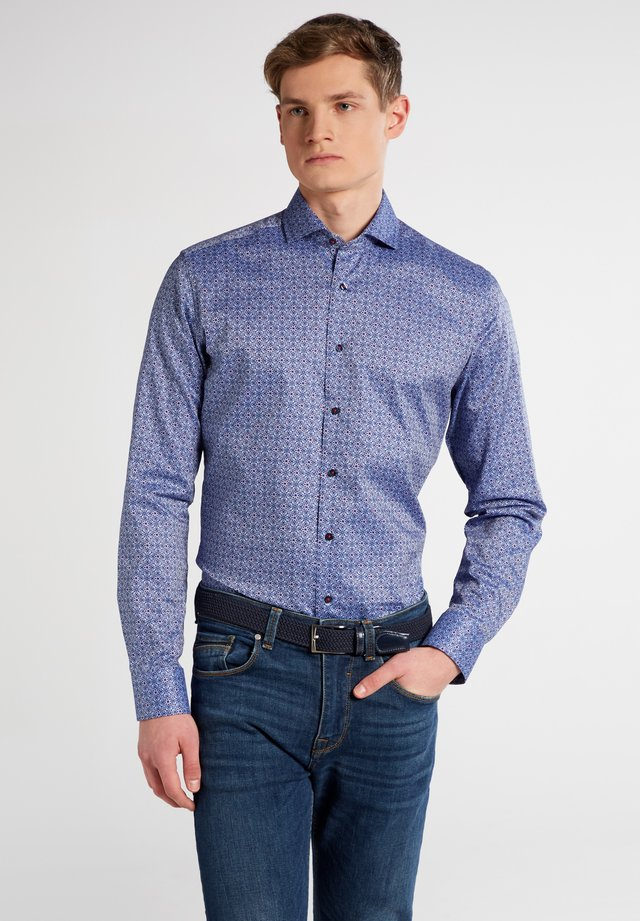 SLIM FIT - Overhemd - blue/red