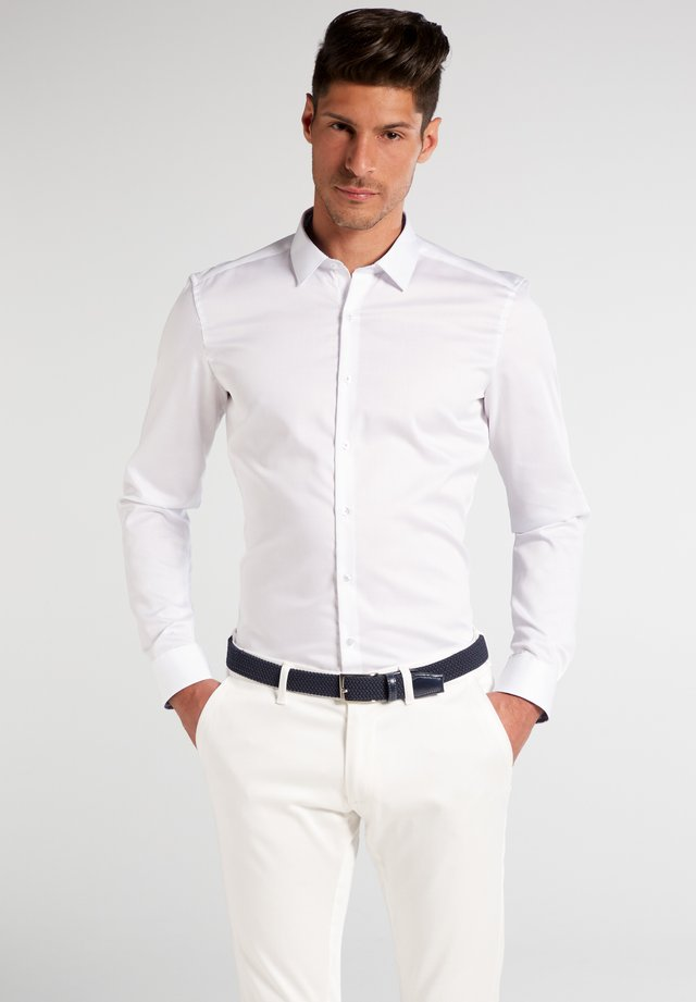 SUPER-SLIM FIT - Businesshemd - weiß