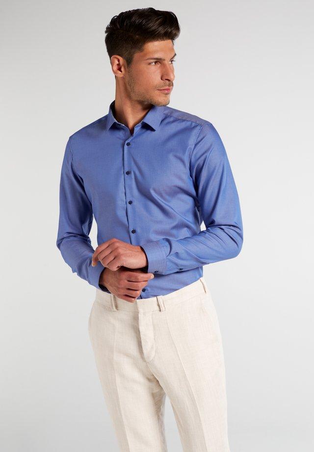 SUPER-SLIM FIT - Zakelijk overhemd - jeansblau