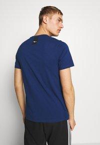 Everlast - LOUIS - Print T-shirt - navy - 2