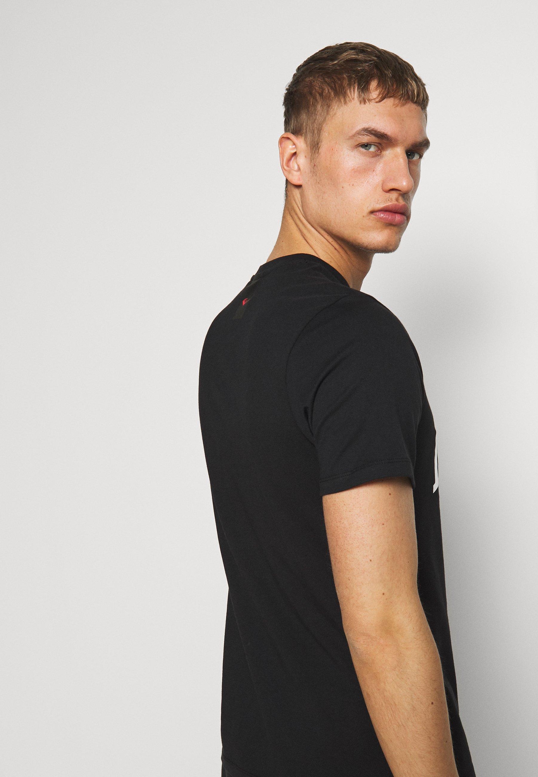 Everlast NUMATA - T-shirt z nadrukiem - black