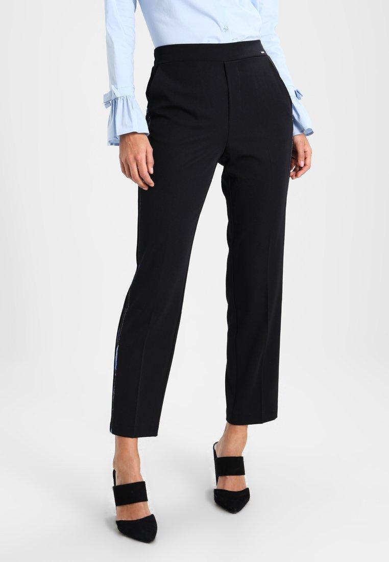 MARCIANO LOS ANGELES - FLUID PANTS - Teplákové kalhoty - jet black