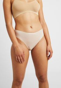 Hanro - SEAMLESS MIDI BRIEF - Slip - skin - 0