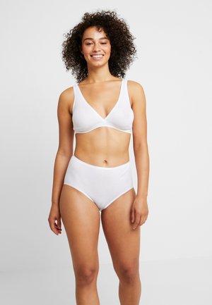 SEAMLESS MAXI - Onderbroeken - white