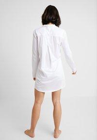 Hanro - DELUXE NIGHTDRESS - Noční košile - white - 2