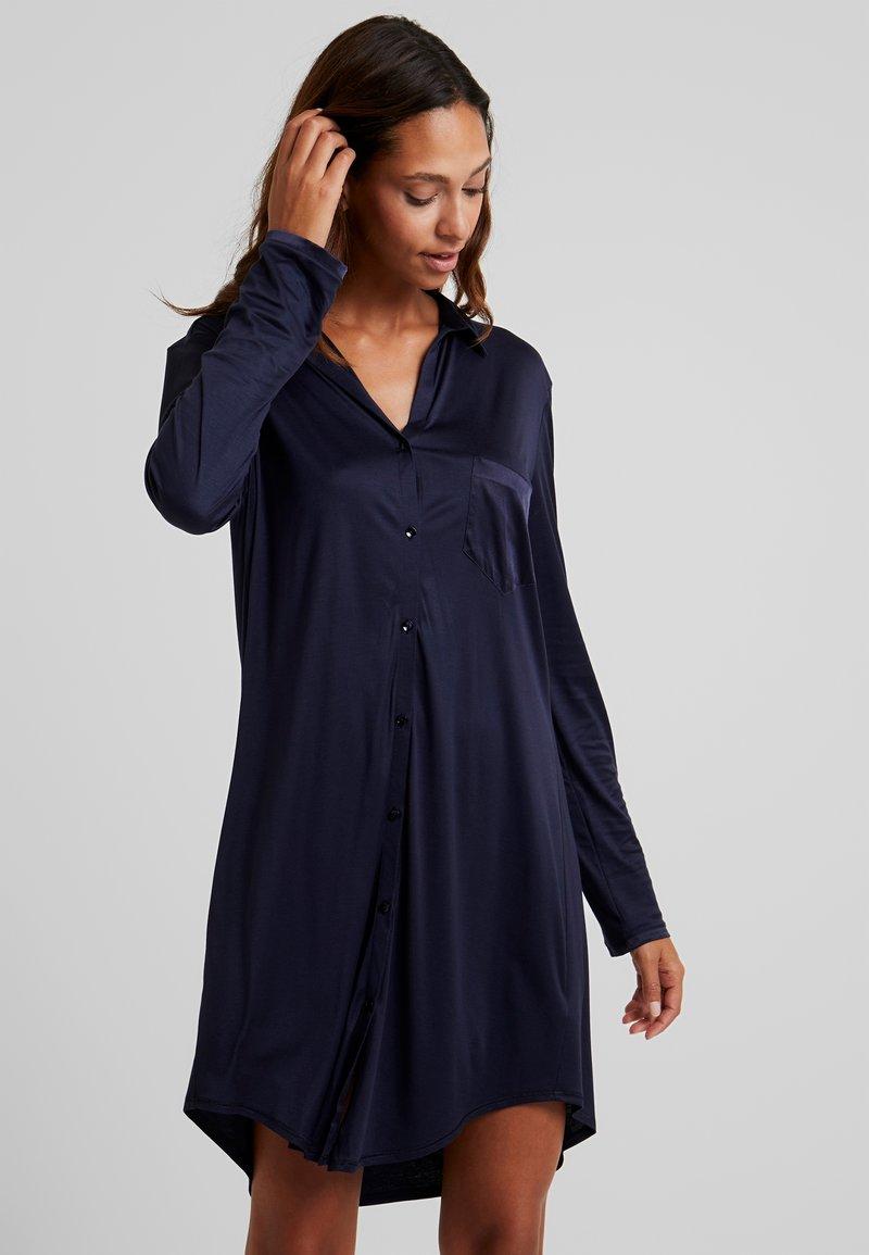 Hanro - GRAND CENTRAL NIGHTDRESS - Nattskjorte - major blue