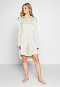 Hanro - GRAND CENTRAL NIGHTDRESS - Negligé - sea foam - 1