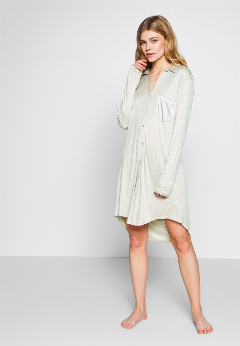Hanro - GRAND CENTRAL NIGHTDRESS - Negligé - sea foam