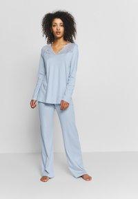 Hanro - MOMENTS ARM SET - Pyjama - aqua bliss - 1