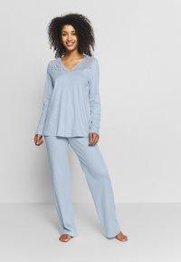 Hanro - MOMENTS ARM SET - Pyjama - aqua bliss - 0