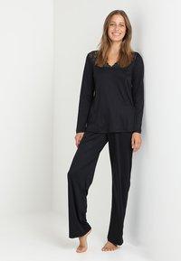 Hanro - MOMENTS ARM SET - Pyjama - black - 1