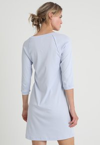 Hanro - PURE ESSENCE 3/4 ARM - Nightie - blue glow - 2