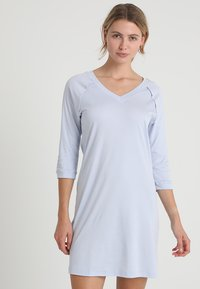 Hanro - PURE ESSENCE 3/4 ARM - Nightie - blue glow - 0