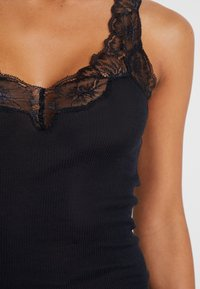 Hanro - DELIGHT - Linne - black - 5