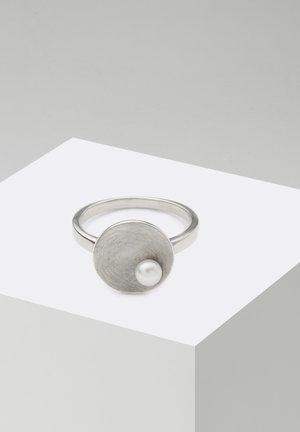 Ring - silberfarben poliert