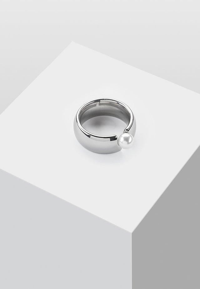 MIT SWAROVSKI PERLE - Anello - silver-coloured
