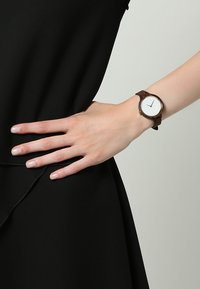 Kerbholz - HINZE - Montre - ebony/tanned brown - 0