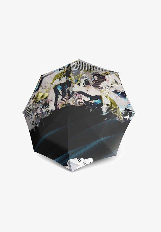 Umbrella - clouds
