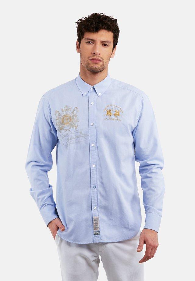 PELEUSIO - Shirt - cornflower blue