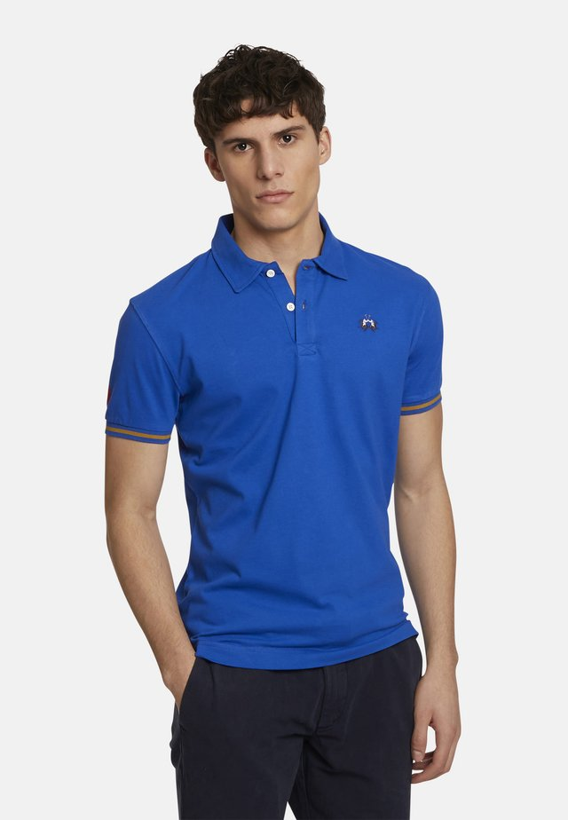 MAN PIRI - Polo - nautical blue