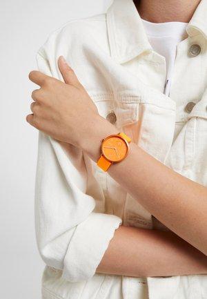 AAREN - Uhr - orange