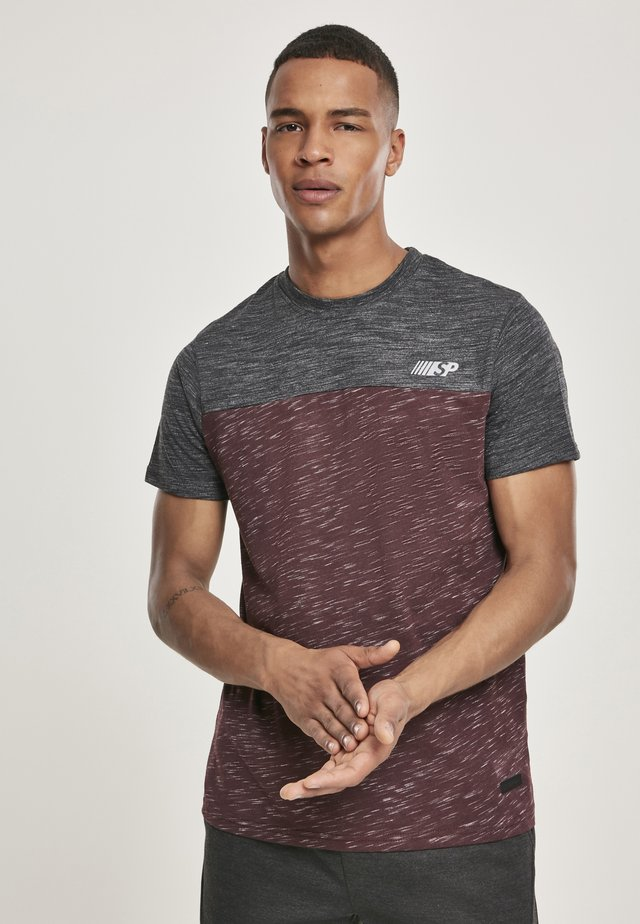 HERREN COLOR BLOCK TECH TEE - T-shirt print - marled burgundy