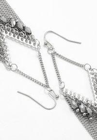 sweet deluxe - Øredobber - silver-coloured/grey - 2