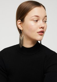 sweet deluxe - SUSN - Earrings - gold-coloured/schwarz - 1