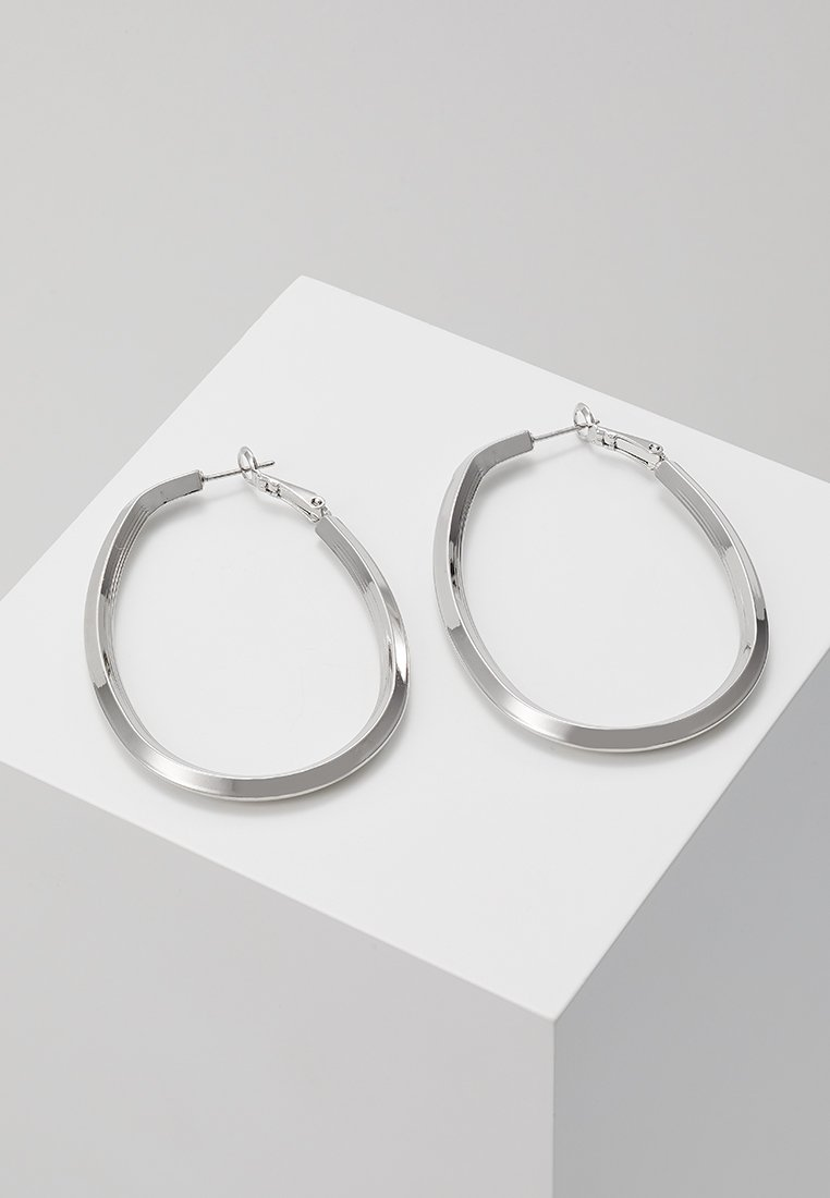 sweet deluxe - CREOLEN TETJE - Orecchini - silver-coloured