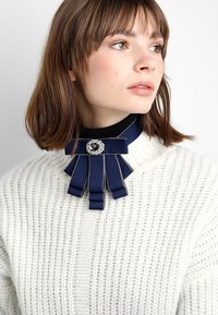 sweet deluxe - Necklace - dunkelblau/silver-coloured - 1