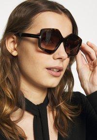 Tom Ford - Sonnenbrille - mottled black - 1