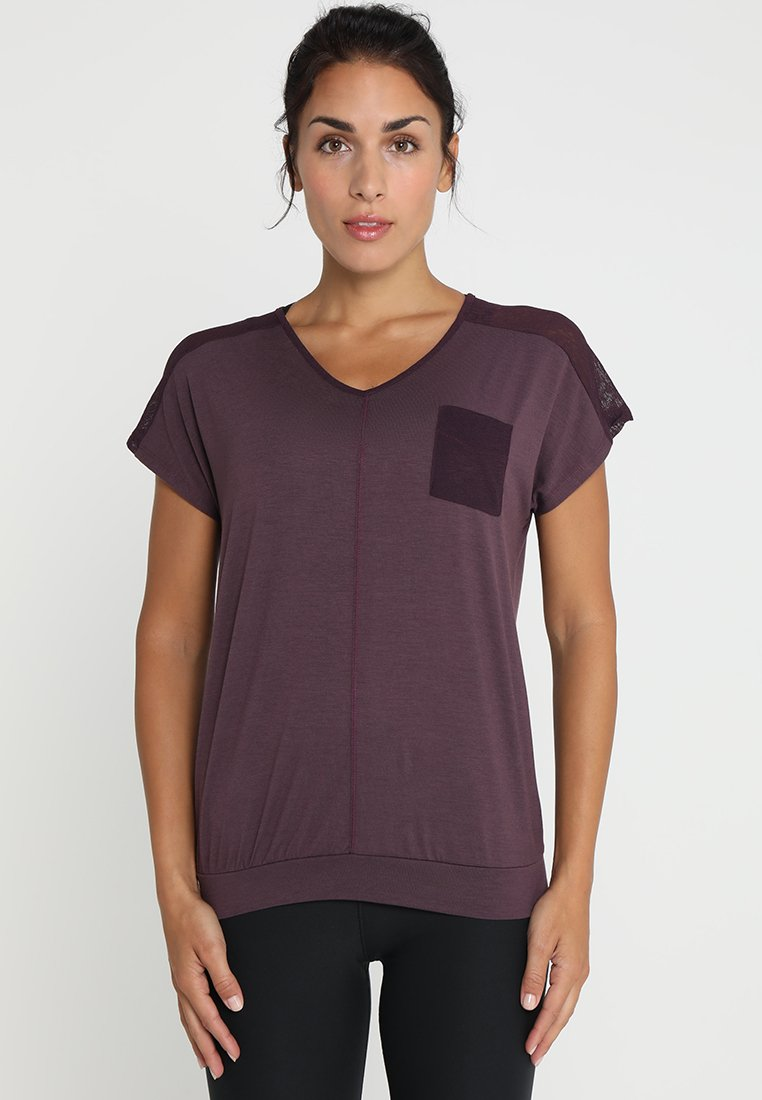 Venice Beach - MECKI - Basic T-shirt - plum perfect