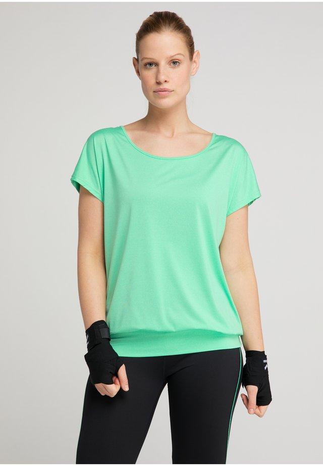 RIA - Basic T-shirt - spearmint